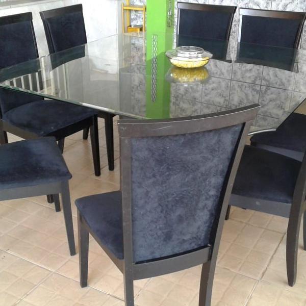 Jogo de mesa de jantar com 8 cadeiras