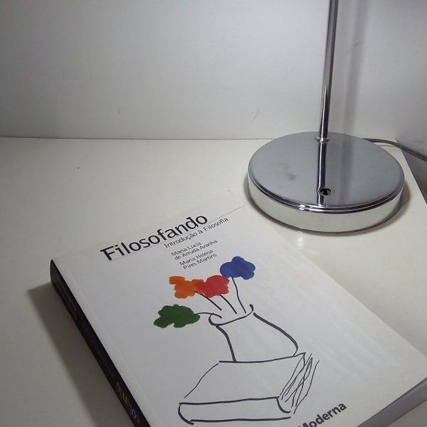 """livro """"filosofando - introdução a filosofia"""""""