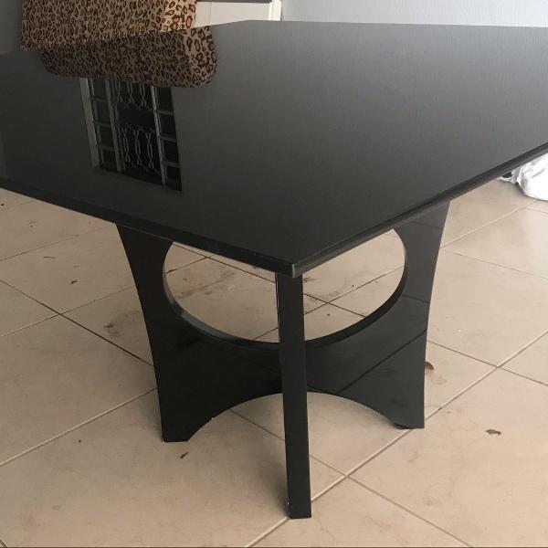 Mesa de jantar 1,50x1,50m de vidro