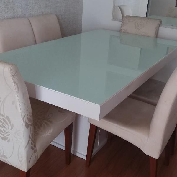 Mesa de jantar 6 lugares com buffet