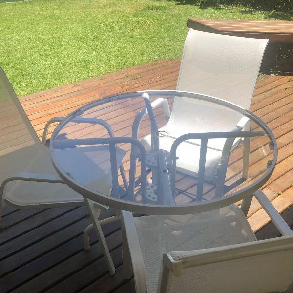 Mesa de varanda com 3 cadeiras