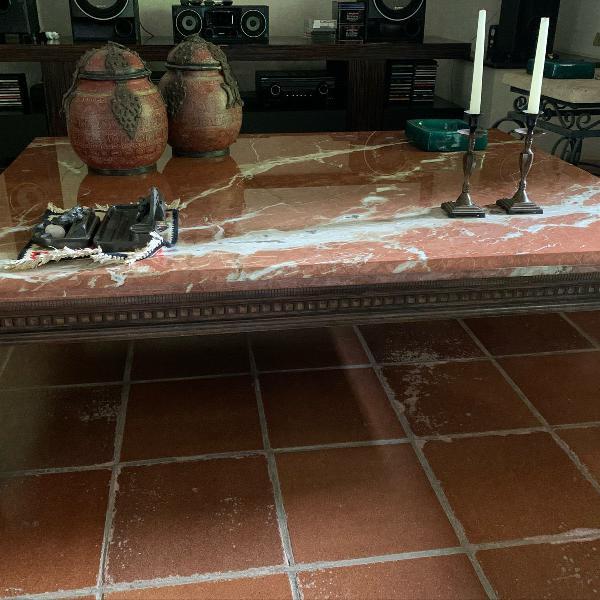 Mesa madeira e mármore