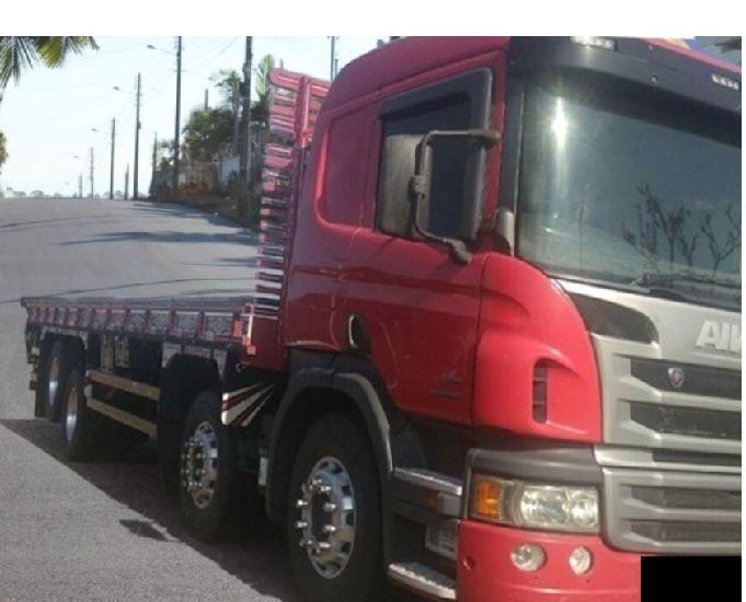 Caminhão scania p310 8x2 ano 2019.