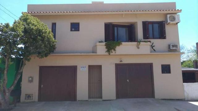 Casa (1° piso) a três quadras da praia da barrinha
