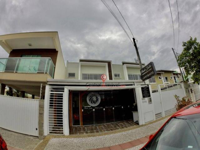 Casa com 3 dormitórios para alugar, 130 m² por r$