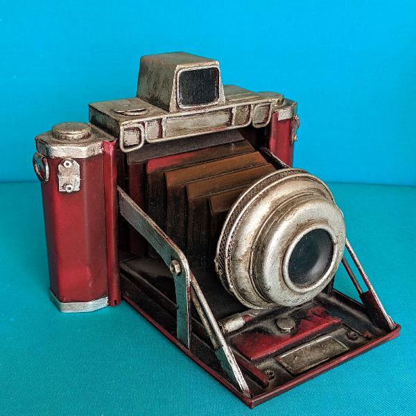 Câmera fotográfica antiga estilo retrô - vintage
