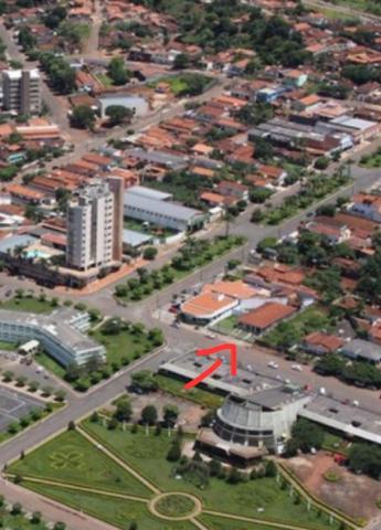 Vendo casa na Praça Cívica em Ceres Goiás