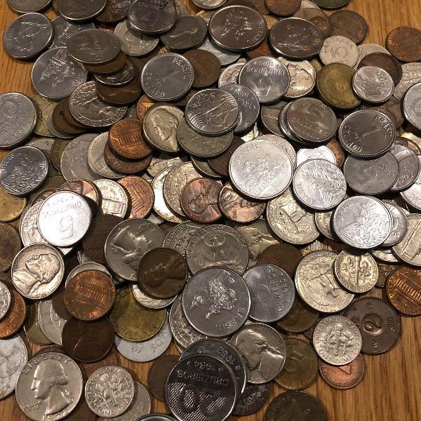 Coleção de moedas antigas (mais de 200 a partir de 1941)