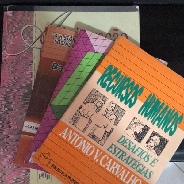 Conjunto 4 livros