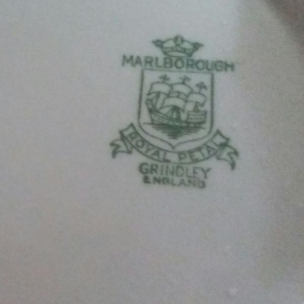 Sopeira marlborough royal petal grindley england em