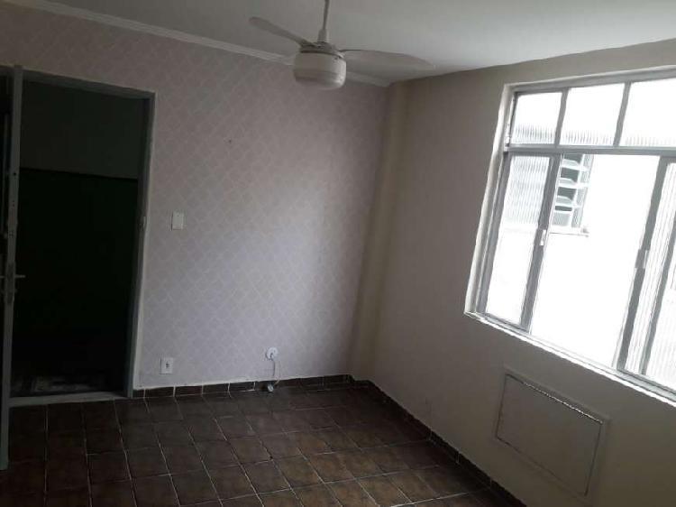 Timo apartamento dois quartos na penha
