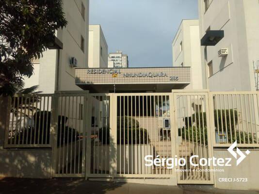 Apartamento com 3 quartos no Residencial Nhundiaquara -