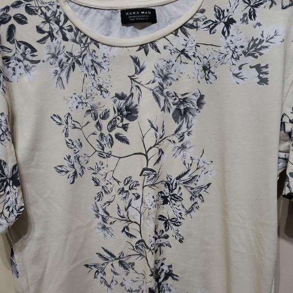 Camiseta estampada floral zara