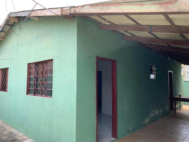 Casa com 3 quartos - jd. veneza