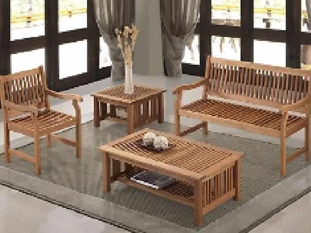 Móveis de madeira bonitos e de qualidade