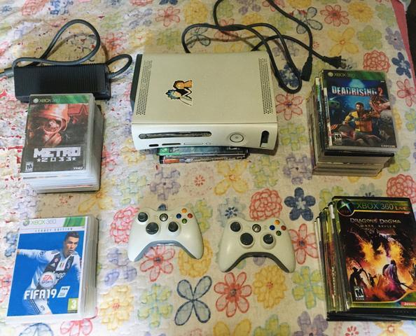 Xbox 360 com + de 60 jogos e dois controle