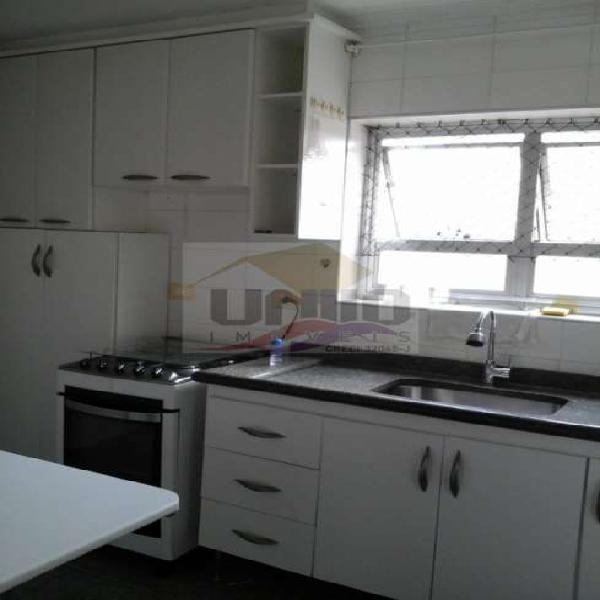 Apartamento de 62m², 2 quartos, 2 banheiros, 1 vaga, andar