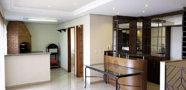 Apartamento para venda possui 148 metros quadrados com 3
