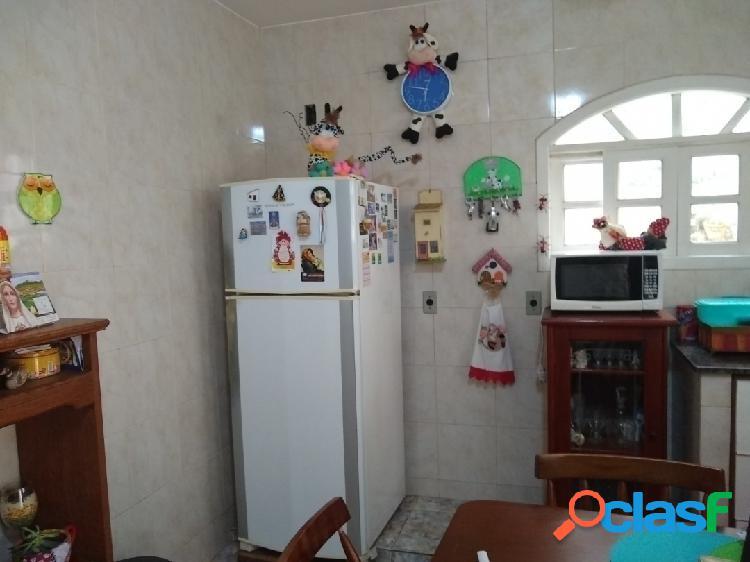 Em Cabo Frio casa independente no centro 2