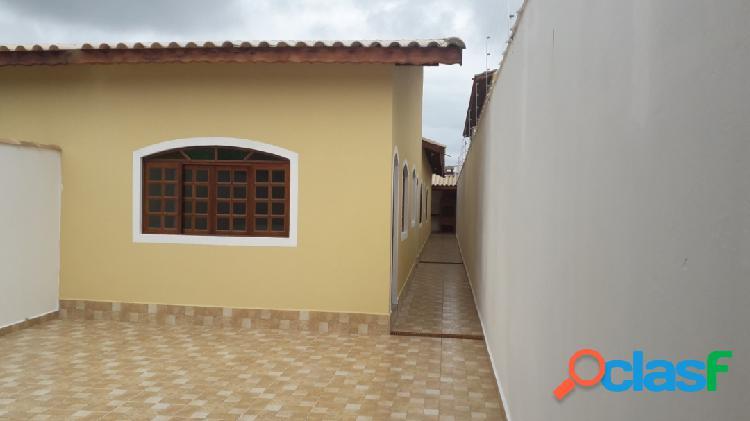 Ótima casa = nova= ampla = a 350m do mar em itanhaém litoral s/p !!!