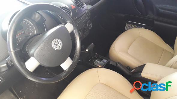 Volkswagen new beetle 2.0 mi mec.aut. amarelo 2009 2.0 gasolina