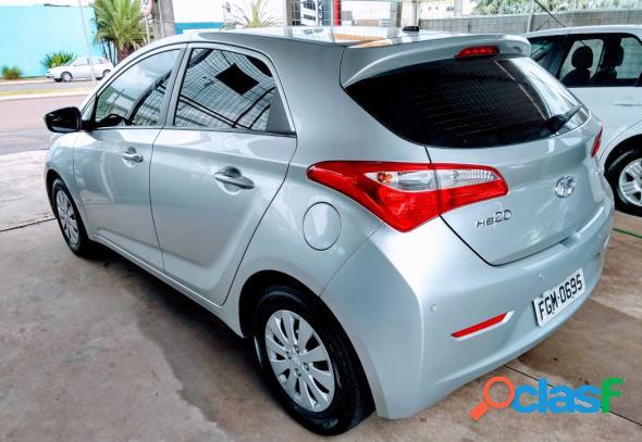 Hyundai hb20 c.c.plusc.style 1.6 flex 16v mec. prata 2013 1.6 flex