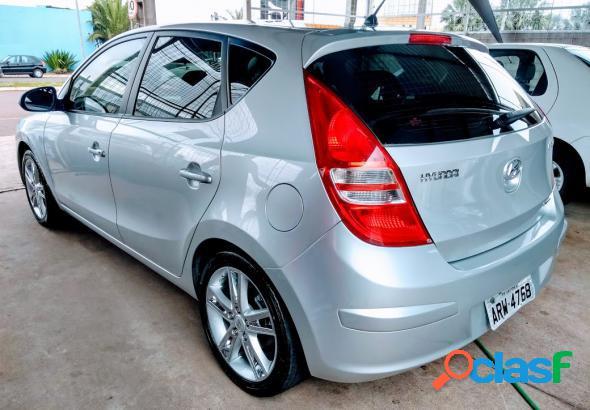 Hyundai i30 2.0 16v 145cv 5p mec. prata 2010 2.0 gasolina