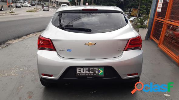 Chevrolet onix hatch ltz 1.4 8v flexpower 5p aut. prata 2018 1.4 flex
