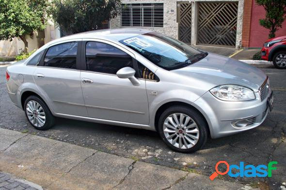 Fiat linea absolute 1.91.8 flex dualogic 4p prata 2010 1.9 flex