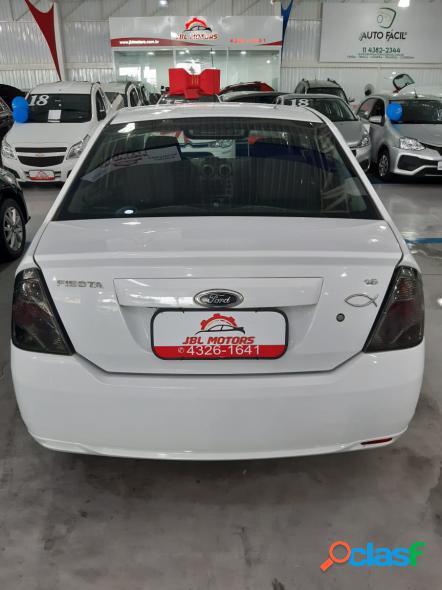Ford fiesta sedan 1.6 16v flex mec. branco 2014 1.6 flex
