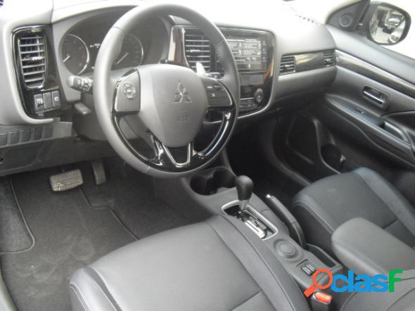 Mitsubishi outlander 2.0 16v 160cv aut. preto 2019 2.0 gasolina