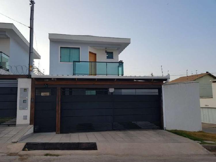 Casa duplex planejada, modernidade e conforto para você e