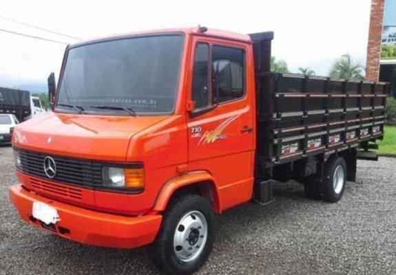 Caminhão benz 710 plus, ano 2001 turbo