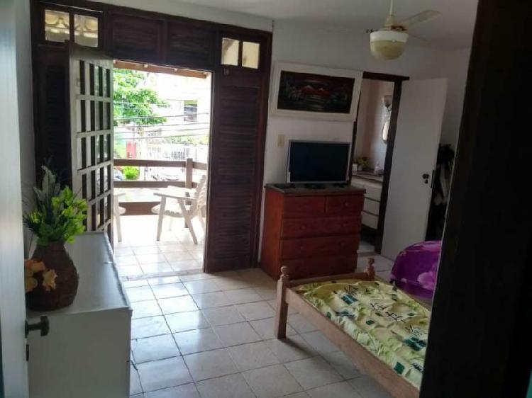 Casa de condomínio para venda tem 150m2, 2 vagas