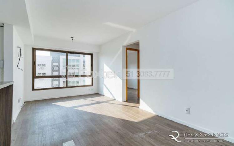 Excelente ap 2 dormitórios com suíte em andar alto. com