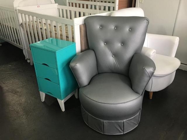 Linda cadeira de amamentação com menor preço do brasil