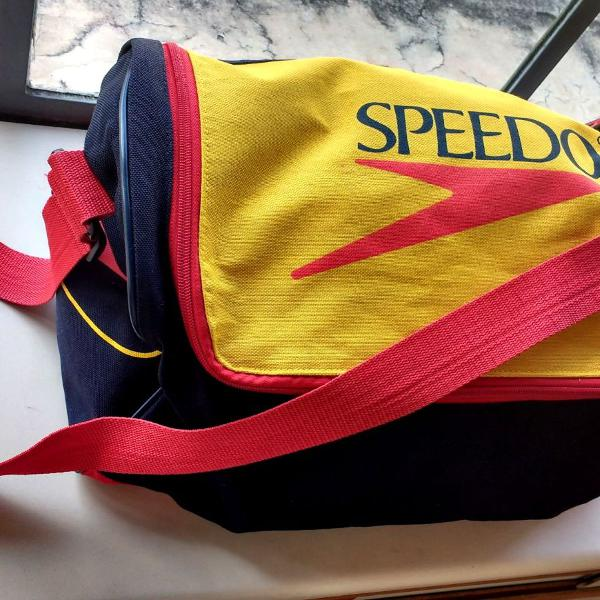 Bolsa esportiva speedo