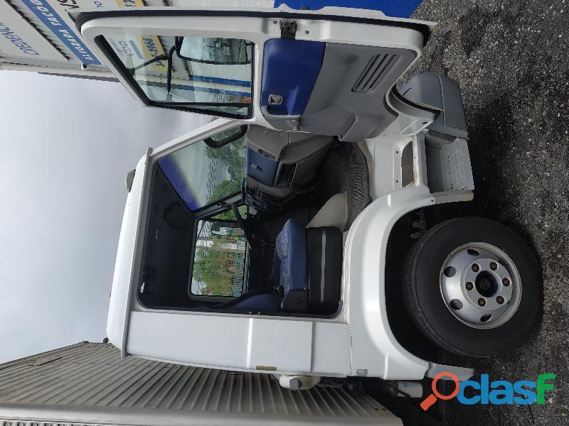 Caminhão vw 8120 bau
