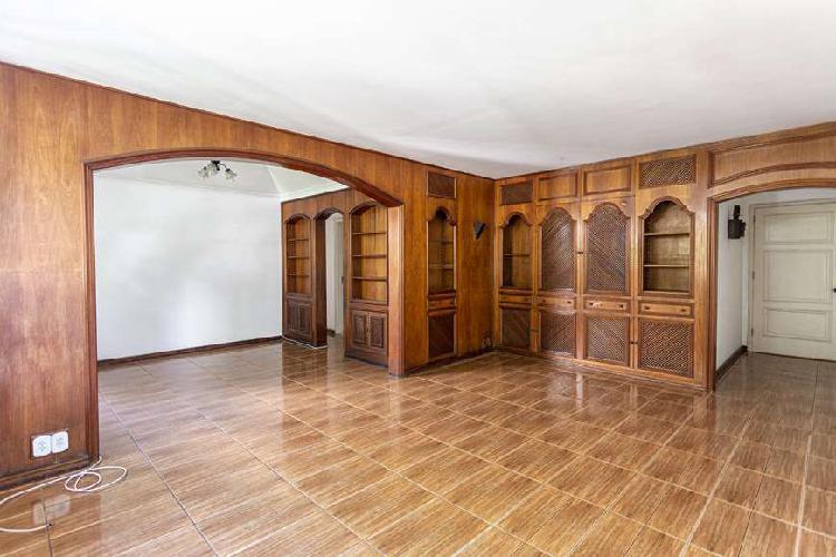 Apartamento para aluguel tem 100 metros quadrados em