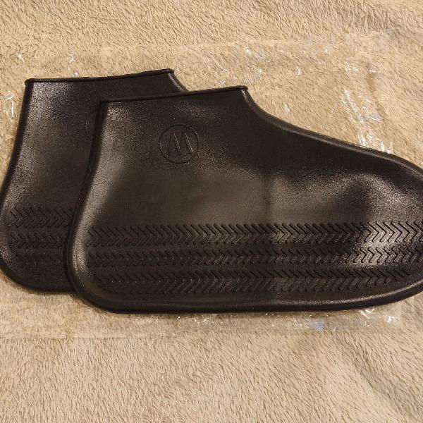 Capa proteção de calçado em dias de chuva