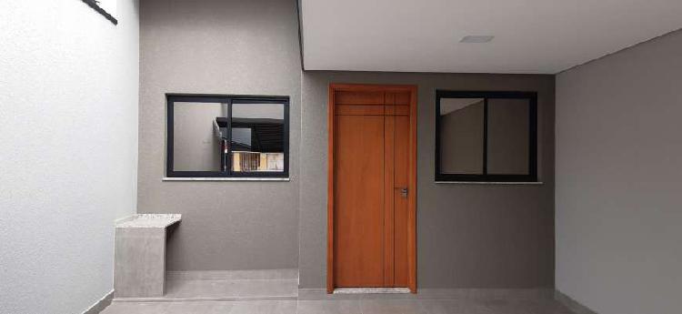 Casa térrea nova com 3 dormitórios sendo 1 suíte, sala e