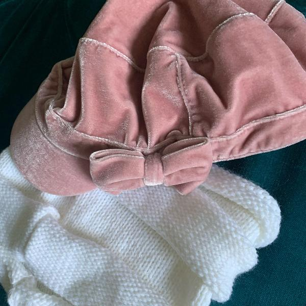 Boina de veludo e touca de lã inverno