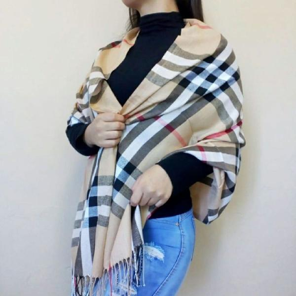 Cachecol burberry inspired