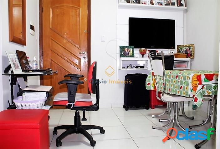 Kitnet reformada à venda de 1 quarto separado - bela vista