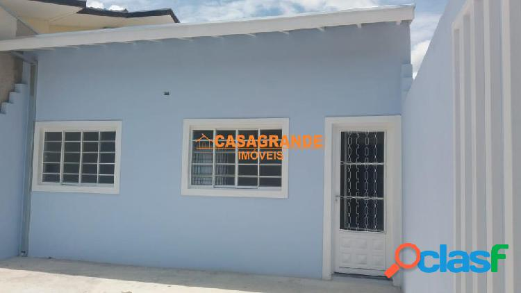 Casa nova com 02 dormitórios, jardim bandeirantes