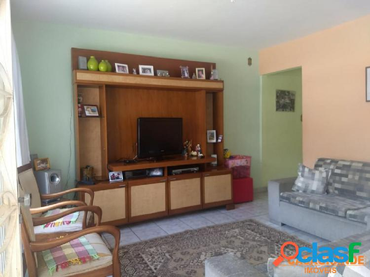 Casa com 03 dormitórios - edicula - jardim satélite - aceita permuta