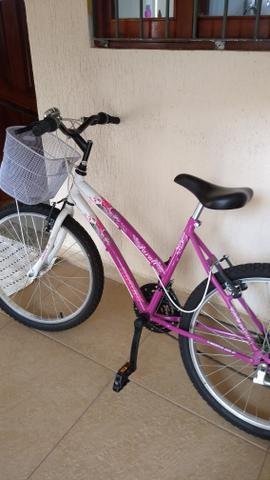 Bicicleta feminina pra vender