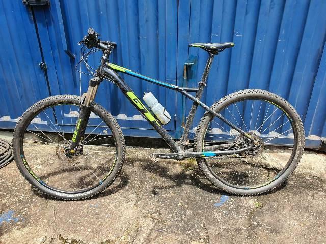 Bike gt aro 29 pouco usada