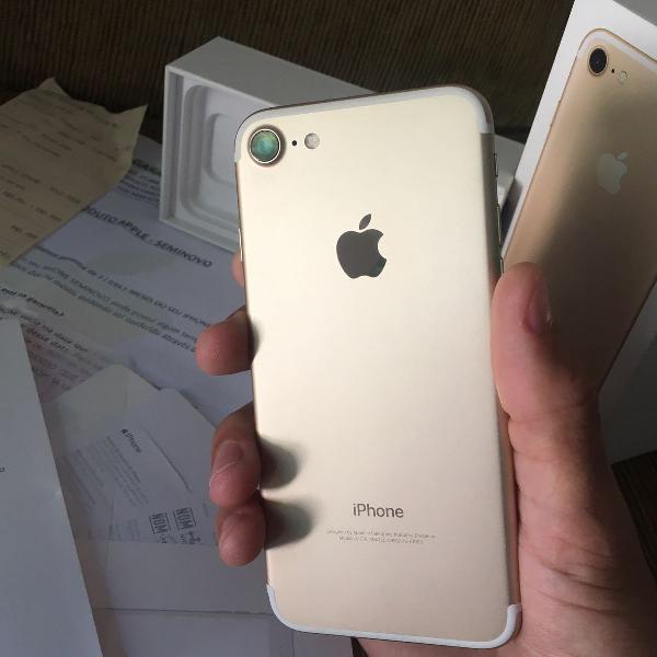 Vendo iphone 7 32 gb semi novo promoção