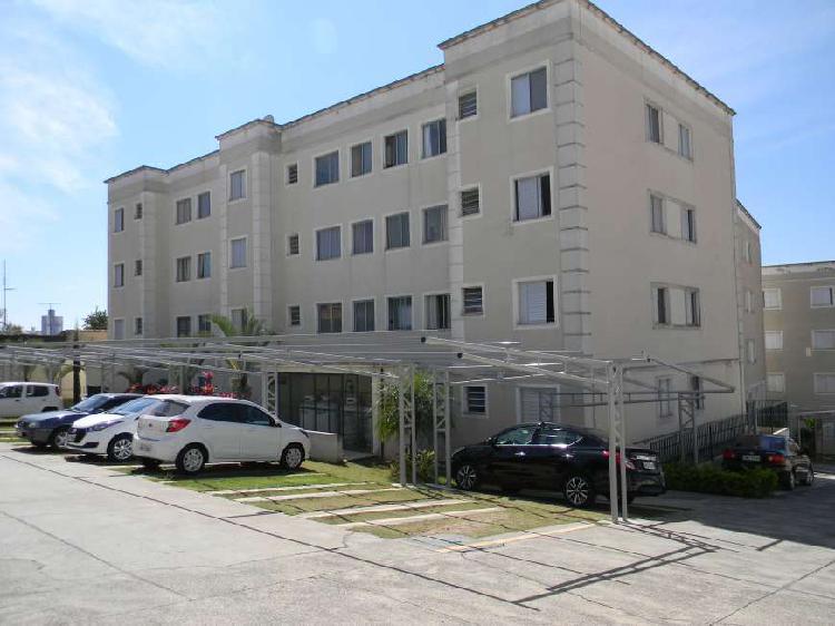 Apartamento 2 dormitorios, 53m² au, 1º andar, residencial